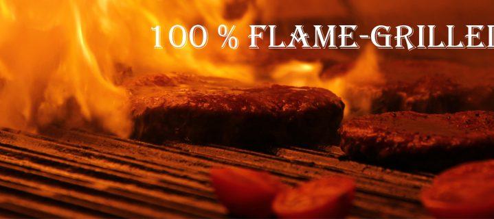 Mit auf offener Flamme frisch gegrilltem Beef